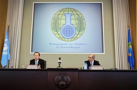 U.N. Secretary-General Ban and OPCW Director-General Uzumcu speak at a news conference at the OPCW in the Hague